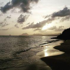 "Repost from Instagram ! #WeLike ! #Madinina by @yanasivel ""#wanderlust #martinique #sunset #beach #keepcool #holidays"" http://ift.tt/1YYkB4u"