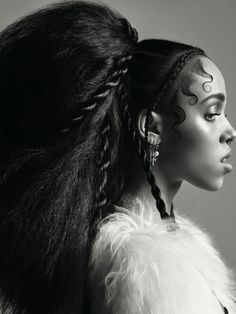 FKA twigs Does Black and White Portraits for Dazed Style Garçonne, Style Afro, Afro Punk, Fka Twigs Interview, Hair Art, Your Hair, Curly Hair Styles, Natural Hair Styles, Black And White Portraits