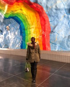ROXANE - Travel : Discovering Stockholm's beautiful Metro Stations, where 14 have been transformed into pieces of art. This metro station rainbow art installation was my absolute favorite while discovering Stockholm's underground. Metro Station, Rainbow Art, Art Installation, Chloe, Art Pieces, Travel, Painting, Beautiful, Art Installations