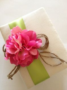 Items similar to Wedding Photo Album - Hot Pink Hydrangeas - Apple Green Ribbon, Rustic Rope Bow - Handmade and Gift Wrapped on Etsy Wrapping Paper Bows, Gift Wrapping, Wrapping Ideas, Wedding Favor Boxes, Diy Wedding Favors, Rustic Wedding Photos, Pink Hydrangea, Wedding Photo Albums, Pretty Packaging