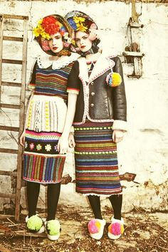 Rainbow knit / Katie Jones