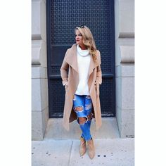 Instagram~ @whatcourtwore / Neutral outfit