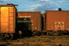 Walker Evans portrait of railroad freight cars, Dark Photography, Still Life Photography, Street Photography, Train Pictures, Make Pictures, Eastman House, Famous Bridges, Background Images For Editing, Walker Evans