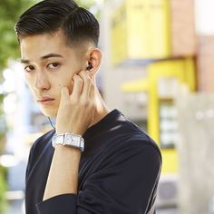 Shorter haircuts are especially common for men, because they are very easy to manage, don't require much maintenance, have very stylish looks, and are suitable for most any situation. Asian Men Short Hairstyle, Asian Man Haircut, Popular Short Hairstyles, Slick Hairstyles, Hairstyles Haircuts, Haircuts For Men, Short Hair For Boys, Short Hair Cuts, Short Hair Styles