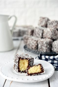 Bakery Shop Design, Biscuits, Sweets Cake, Bakery Recipes, Food Cakes, Piece Of Cakes, Cakes And More, Christmas Baking, Just Desserts