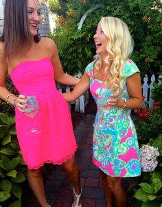 I Believe in Pink - Gold is My Neutral Prep Outfits, Party Dress Outfits, Cute Outfits, Date Night Outfit Summer, Summer Outfits, Preppy Southern, Southern Shirt, Southern Marsh, Southern Tide