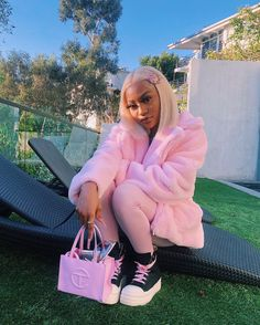 Pink Outfits, Curvy Outfits, Dope Outfits, Swag Outfits, Fashion Outfits, Fashion Bags, Black Girl Fashion, Dope Fashion, Tomboy Fashion