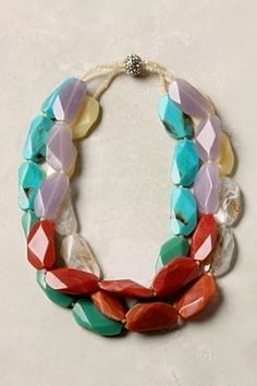 Chunky necklace. Love the bold colors mixed with pastels.