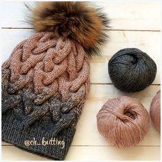 На очереди снуд и варежки. Пух норки/козий пух #вяжутнетолькобабушки #шапкаспомпоном  #шапкаиснуд #шапкаспицами #шапкаскосами #шапкаснуд  #ch_knitting  #вяжупомаленьку #knitting  #knittinglove  #knittagram  #горшочеквари