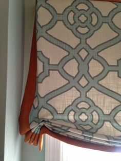 Relaxed Roman shade with trim. Design bits and pieces Drapes And Blinds, Shades Blinds, Roman Blinds, Drapes Curtains, Valances, Custom Window Treatments, Wall Treatments, Drapery Styles, Drapery Ideas