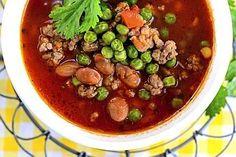 Tomaatti-jauhelihakeitto