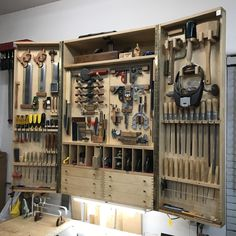 Hungry New Hand Tools Woodworking Tool Cabinet, Woodworking Hand Tools, Woodworking Tools, Tool Storage Cabinets, Diy Cabinets, Wood Tool Box, Workbench Designs, Garage Tool Organization, Wood Shop Projects