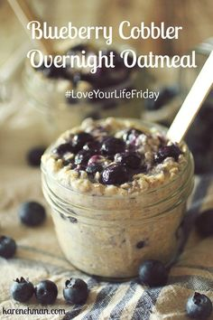 Overnight Oatmeal Blueberry Cobbler Overnight Oatmeal looks so good and has protein in it. Cobbler Overnight Oatmeal looks so good and has protein in it. Blueberry Cobbler, Blueberry Oatmeal, Blueberry Overnight Oats, Apple Cobbler, Blueberry Recipes, Apple Pie, Brunch, Overnight Oatmeal, Overnight Oats Protein Powder