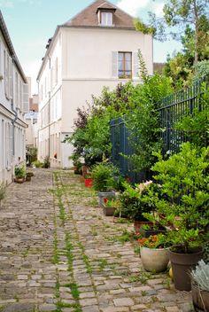 Paris 20 ° Cour intérieure - village de Charonne, rue Saint-Blaise