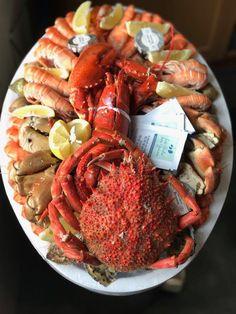 A superb seafood platter (in Dinard France)  (20481536)