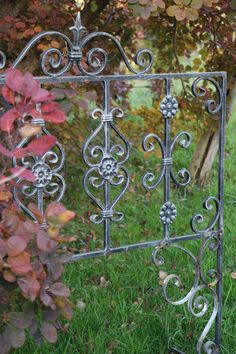 Clematis, Obelisk, Outdoor Structures, Garden, Window Bars, Garden Fencing, Climbing, First Aid, Handmade