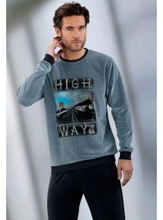 #Pijama #Massana para hombre de terciopelo - Pijama de Velour con un tacto muy suave y confortable - Estampación dibujada en la camiseta de cuello redondo - Ref: P641331 D66 Cobalto. #hombre #ropainterior #regalos http://www.varelaintimo.com/marca/17/massana