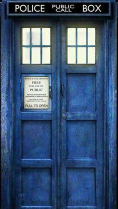 tardis door more - Dr Who Bedroom Ideas