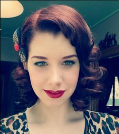 ♥Hair and lipstick  if i could figure out how to do my hair this i'd be very happy