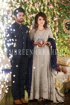 Helpful Advice To Plan An Awesome Wedding. Anybody who has been involved in wedding planning can attest to the fact that the experience can be overwhelming. Couple Wedding Dress, Wedding Dresses For Girls, Bridal Wedding Dresses, Bridal Style, Weeding Dresses, Wedding Wear, Wedding Couples, Dream Wedding, Bridal Dupatta