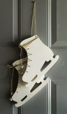laura's frayed knot: Ice skates door decoration wood craft