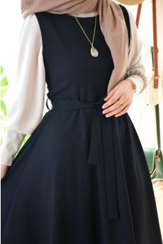 Modesty Fashion, Abaya Fashion, Muslim Fashion, Hijab Dress, Hijab Outfit, Long Dress Fashion, Fashion Dresses, Abaya Designs, Mode Hijab