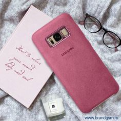 💗 Let's relax with a fluffy blanket, our favorite book and phone!👩🎀 The original Samsung case is made of Alcantara, a very pleasant and soft to the touch fabric 💖 Samsung Galaxy S 8, Galaxy S8, Fluffy Blankets, Samsung Accessories, Samsung Cases, Relax, Touch, The Originals, Phone