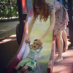 parque infantil Summer Dresses, Fashion, Children Playground, Activities For Babies, Moda, Summer Sundresses, Fashion Styles, Fashion Illustrations, Summer Clothing