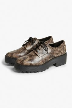 ce21754f1708 Monki Flatform oxford brogue shoes in Brown Light Oxfordskor, Seglarskor