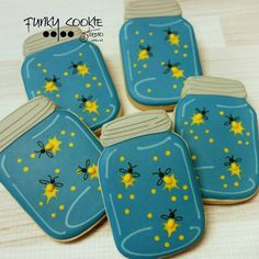 Clever lighting bug decorated cookies using a mason jar cookie cutter…