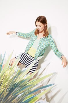 Spring/Summer 2015 lookbook - http://www.petit-bateau.fr/e-shop/fm/femme.html?CMP=SOC_22181&SOU=ptb&TYP=SOC&KW=collectionfemme #petitbateau #womenfashion #lookbook