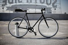 Great concept by Republic Bike. Build your own bike. Black frame/white tires.