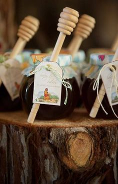 Honey Jar party favors - Winnie the Pooh baby shower. They're simple to make (jars from IKEA, honey Winnie The Pooh Honey, Winnie The Pooh Themes, Winnie The Pooh Nursery, Vintage Winnie The Pooh, Winnie The Pooh Birthday, Baby Birthday, Winnie The Pooh Cake, Baby Shower Cakes, Deco Baby Shower