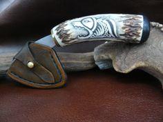 scrimshaw von Gele Schloetmann, Messer mit keltischen Hund