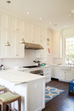 Love white kitchens with wood floors! Art Haus - kitchens - white cabinets shaker cabinets, white shaker cabinets, shaker kitchen cabinets, white shaker kitchen cabinets, white m. Home Design, Küchen Design, Design Ideas, Interior Design, Kitchen Sink Decor, New Kitchen, Kitchen Art, Kitchen Wood, Kitchen Ideas