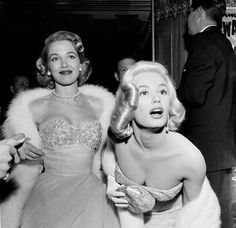 """Actress Mamie Van Doren and Sara Shane attend the movie premiere of """"The Glenn Miller Story"""" in Los Angeles,CA. Get premium, high resolution news photos at Getty Images Mamie Van Doren, Glenn Miller, Fanart, Old Hollywood Glamour, Classic Hollywood, Stock Foto, Beauty Queens, Actresses, Actors"""