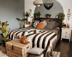how to design a small bedroom best 25 happy october ideas on hello october 20578