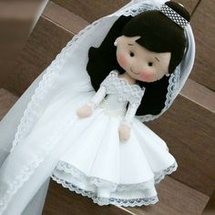 Felt Dolls, Paper Dolls, Diy Xmas Gifts, Wood Peg Dolls, Wedding Doll, Knit Basket, Felt Fairy, Bride Dolls, Fabric Toys