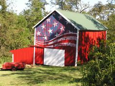 RED BARN~The Barn Artist -flag  Scott Hagan - Portfolio - Stuff Painted on Barns