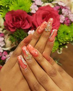 #marblenails #marble #coffinshapenails #nailsartdesign #nailsofinstagram #nailsonfleek #nailsonfire #nailsbyeleanor Marble Nails, Acrylic Nails, Coffin Shape Nails, Nails On Fleek, Nail Art, Beauty, Instagram, Design, Marbled Nails