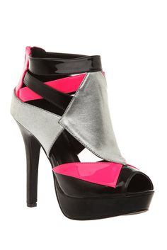 Hot Topic - GET THIS LOOK NOW ONLY AT www.heels.com/?utm_medium=affiliate_campaign=affiliate_source=aff_id=cj