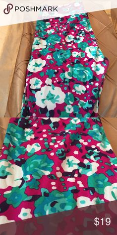TC Lularoe leggings New! Worn once! Washed LLR way! Some piling in crotch area! In great condition! No fading in color! Pretty leggings! Purple w flowers LuLaRoe Pants Leggings