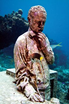 Artist Jason deCaires Taylor (Rolling in the Deep) - REAL LIFE Caribbean Luxury Lifestyle, Property and Design Magazine Jason Decaires Taylor, Underwater Sculpture, Property Design, Article Design, Ocean Art, Magazine Design, Caribbean, Real Life, Sculptures