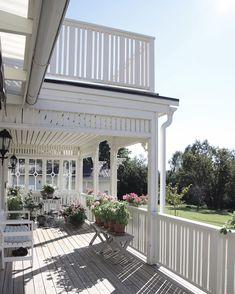 Porches, Outdoor Shelters, Porch Area, Backyard, Patio, Outdoor Living, Outdoor Decor, House Extensions, Planter Boxes