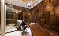 ... Glamour Padded Wall Panels for Bedroom : Luxury Spa Room Unique Chandelier Gold Padded Wall Panels ...