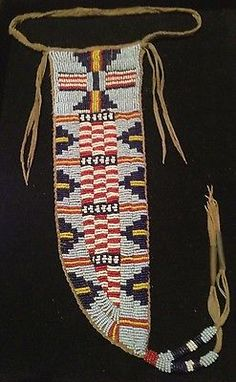 Old-Antique-Native-American-Beaded-Knife-Sheath