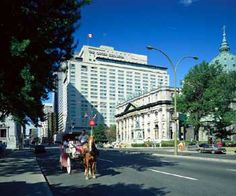 Fairmont Queen Elizabeth Hotel, Montreal, Canada http://www.wanderplanet.com/canada-montreal-travel-vacation-hotels-tourist-attractions/