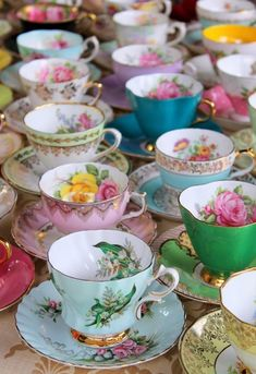 I just love old tea cups. Look how cheerful those colors are! With all those beautiful China tea cups and saucers. I am going to put the kettle on and we can all have a nice cuppa tea. Tea Cup Set, My Cup Of Tea, Tea Cup Saucer, The Tea, French Tea Parties, Vintage Tea Parties, Partys, Tea Time, Vintage Teacups