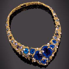 "Gilbert Albert :: Azurite and tourmaline necklace set in gold ""petit perlé"""