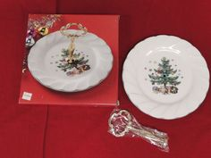 Nikko Happy Holiday Christmas Tree Pattern Sweet Plate Dish Handle Serving Party #Nikko #Nikko #Happy #Holidays #Christmas #Tree #Wreath #Pattern #Festive #Plate #Dish #Serving #Handle #Party #Tray  1123